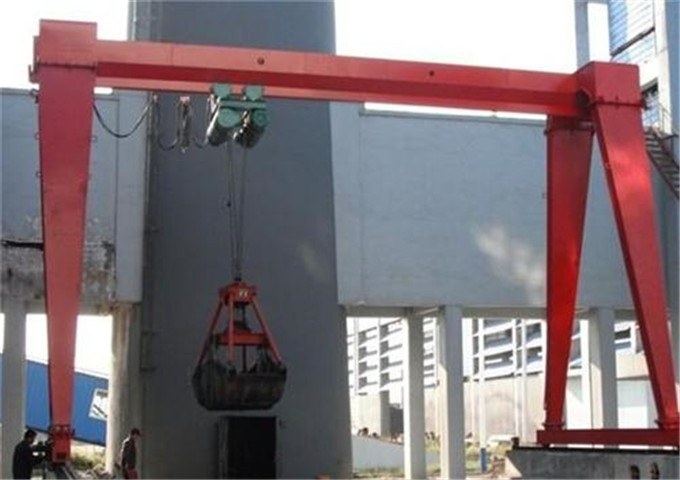 Sale of grab gantry cranes from the manufacturer
