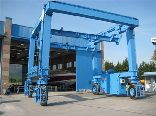 professional boat lift for sale